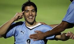 """Selle MM-i """"jumala käe"""" autor Luis Suarez peaks mängima. Foto: lemeilleurdupsg.com"""