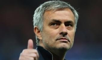 VALUS! Mourinho Chelsea särgile autogrammi ei andnud!