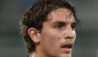 18-aastase Manuel Locatelli võimas kuul Buffoni seljataha!