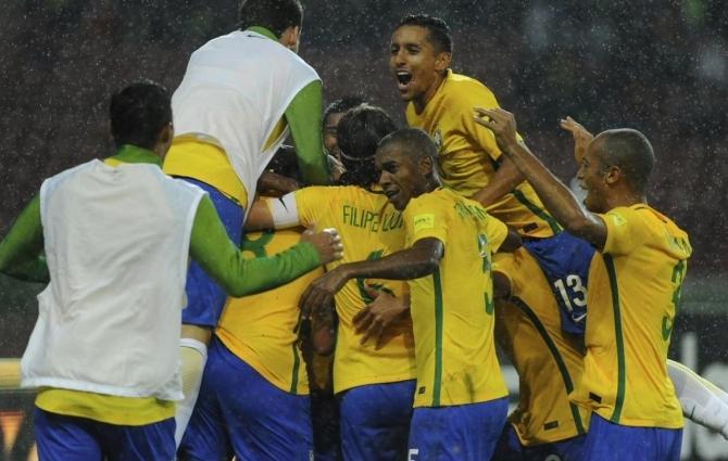 Suure koondise tagasitulek/paigalseis Brasiilia jalgpallis